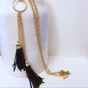 Jewelry - Gold and black long tassel necklace